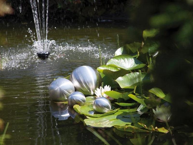 Hochwertige Schwimmkugeln aus Edelstahl - 4er Set wetterbeständig - bebürstet