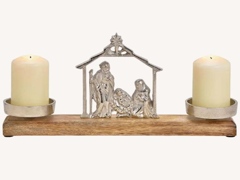Kerzenhalter mit Krippen-Szene aus Aluminium und Mangoholz (silber braun) B36 x H15 x T8cm