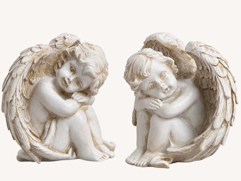2er-Set Dekofiguren Engel sitzend aus Poly 2-fach sortiert Glücksbringer Wunschengel (weiss) B6 x H5 x T4cm