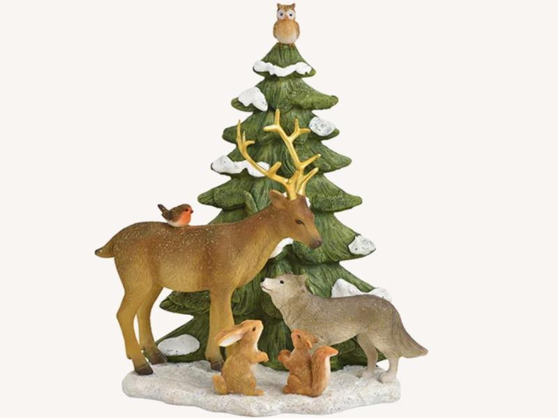 Dekofigur Hirsch stehend mit Freunde in Winterwald aus Poly - Weihnachtsdekoration Winterszene (bunt) B18 x H21 x T10cm