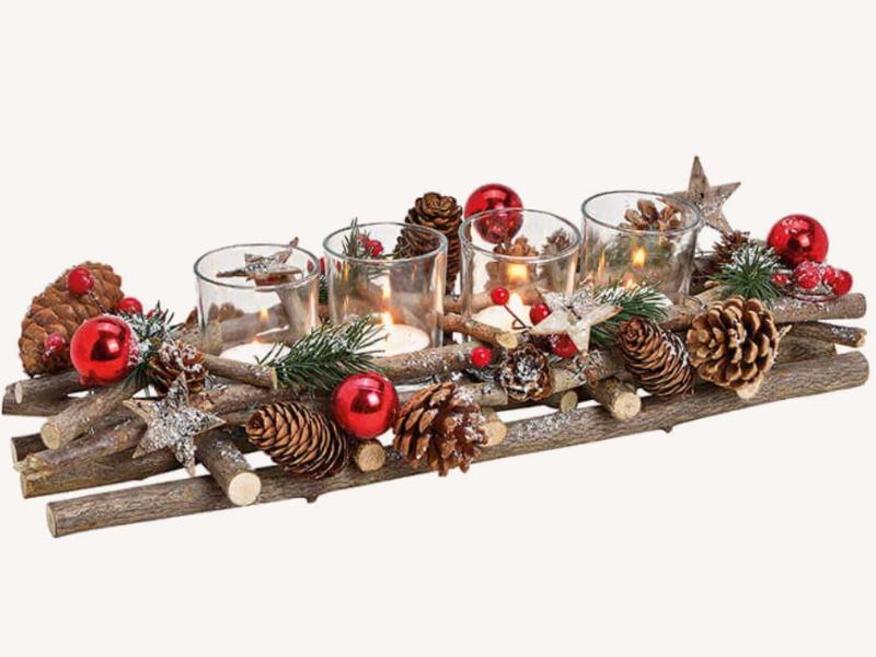 Adventsgesteck mit 4 Teelichthalter Weihnachts Dekor aus Holz Glas Kunststoff - Weihnachtsgesteck (bunt) B40 x H10 x T17cm