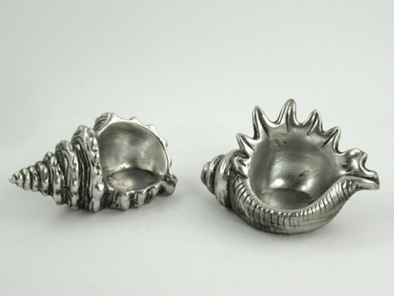 2 Muschel Teelichthalter aus Porzellan (altsilber) B 12,5cm x T 7,5cm x H 6,5cm