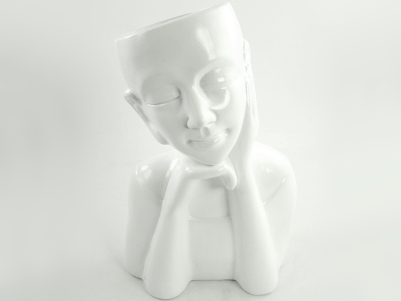 Moderne Figur als Pflanzkopf Blumentopf Keramik (weiss)  B20cm x T 13cm x H 32cm