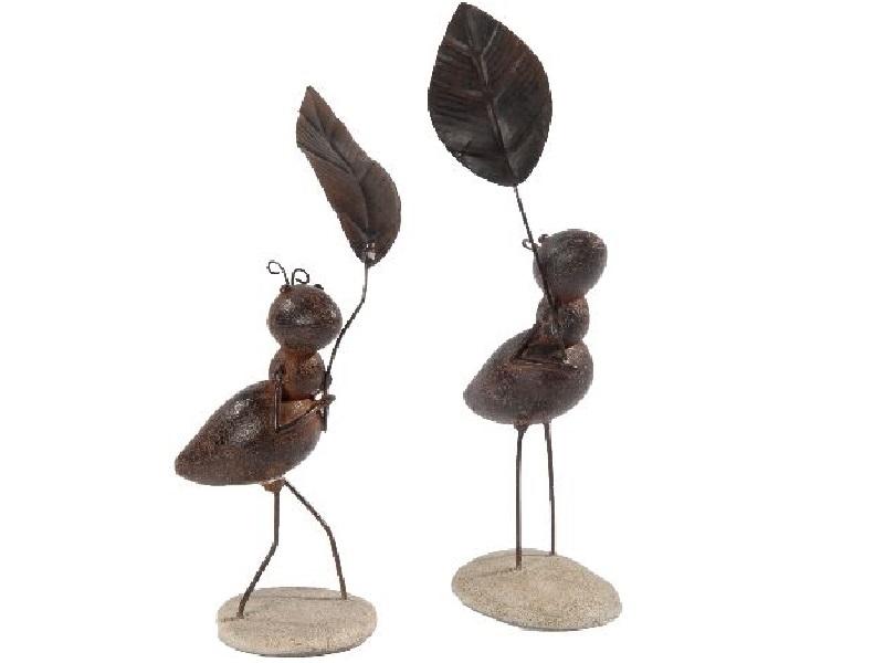 2 Ameisen mit Blatt BRAUN 7,7x6x18cm