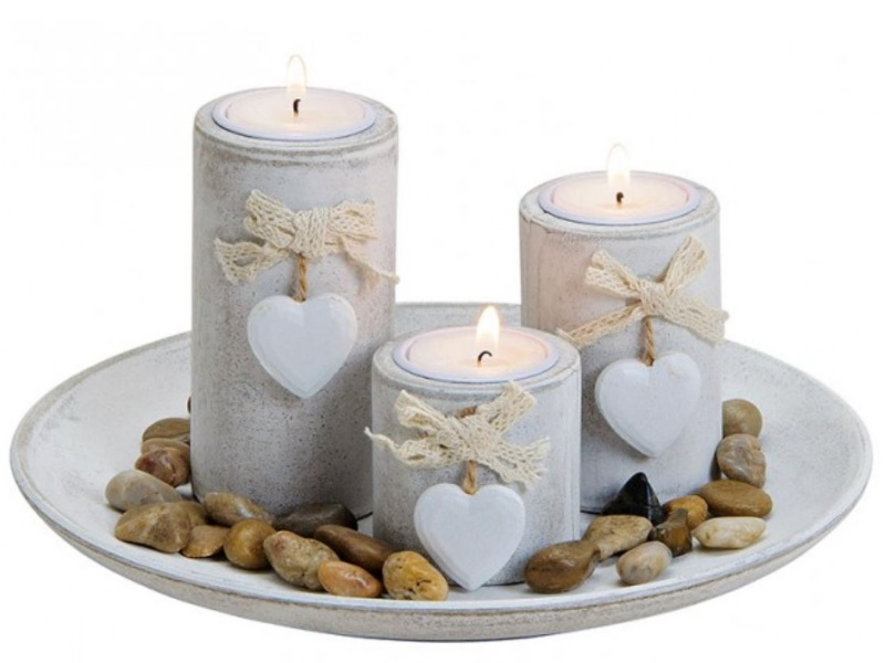 Schönes Deko-Set mit 3 Teelichthalter - mit Herzen auf Teller - Ø24cm H12cm