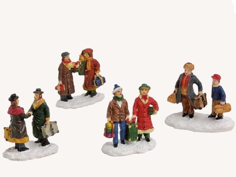 4 teilige Set Weihnachtliche Miniatur-Figuren Winterwelt-Szenen aus Poly sortier