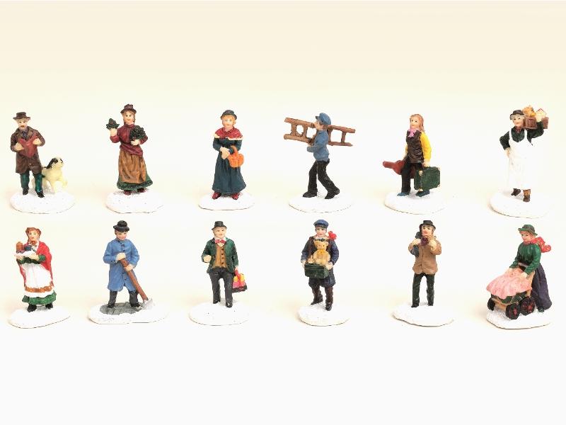 12 teiliges Set Weihnachtliche Miniatur-Figuren Winterwelt-Szenen aus Poly sorti